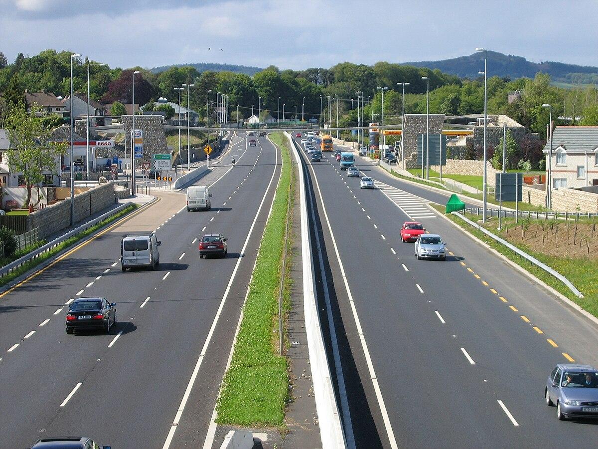 Kilmacanogue - Wikipedia