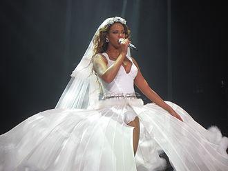 Ave Maria (Beyoncé song) - Image: I Am... Tour 31