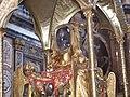 Il teschio di S.Maria Maddalena in basilica - panoramio.jpg