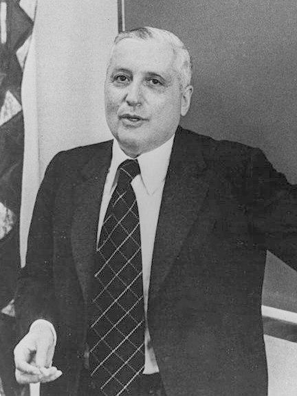 Ilya Prigogine 1977c