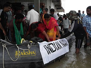 Indian Navy relief efforts during the 2015 floods in Chennai (03).jpg