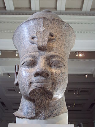 Colossal granite head of Amenhotep III, British Museum Inside the British Museum, London - DSC04210.JPG