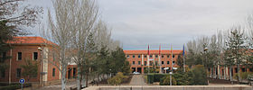 Instituto Virgen de la Paloma (Madrid) 01.jpg