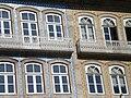 Janelas em edifícios da Alameda São Damâso.JPG