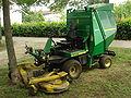 John Deere Tractor Lawnmower F1145 2.JPG