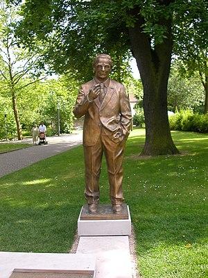 Konrad Zuse - Statue of Zuse in Bad Hersfeld