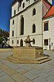 Kašna před bazilikou, Třebíč.jpg