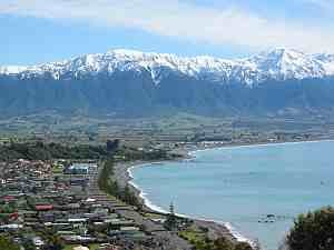 Kaikoura - Town of Kaikōura as seen from the peninsula