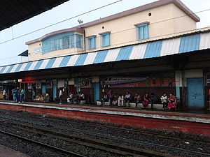Kankinara - Railway Station - North 24 Parganas 2013-10-12 01789.jpg