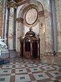 Karlskirche - Wien 023.jpg