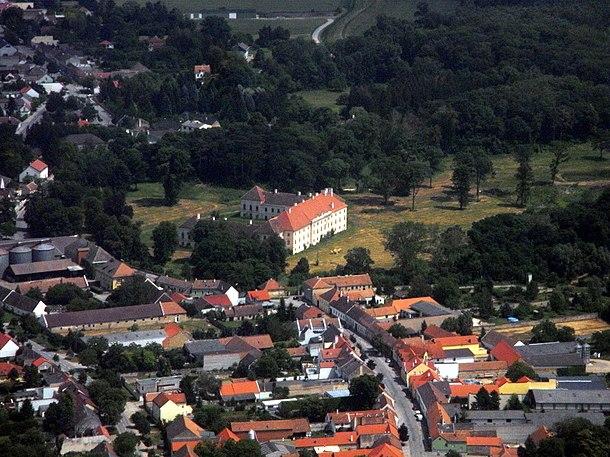 Trautmannsdorf an der leitha datingseite. Gay dating in zwettl