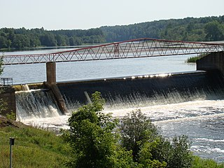 The river Sventoji. The Kavarskas dam