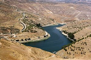 Water supply and sanitation in Jordan - The reservoir of King Talal Dam is the largest reservoir in Jordan, storing freshwater from the Zarqa river and treated wastewater from Amman-Zarqa for irrigation in the Jordan Valley.