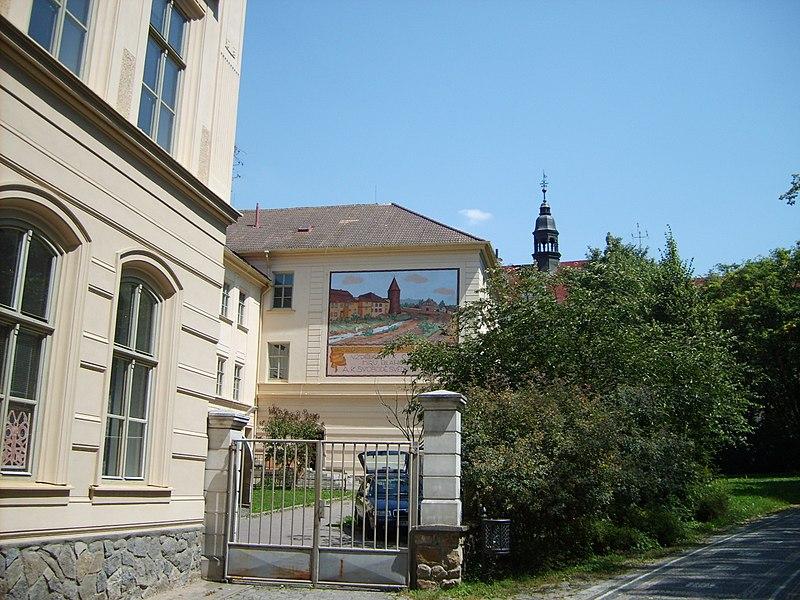 Soubor:Klatovy okresnidum.JPG