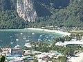 Koh Phi Phi viewpoint (4464250938).jpg