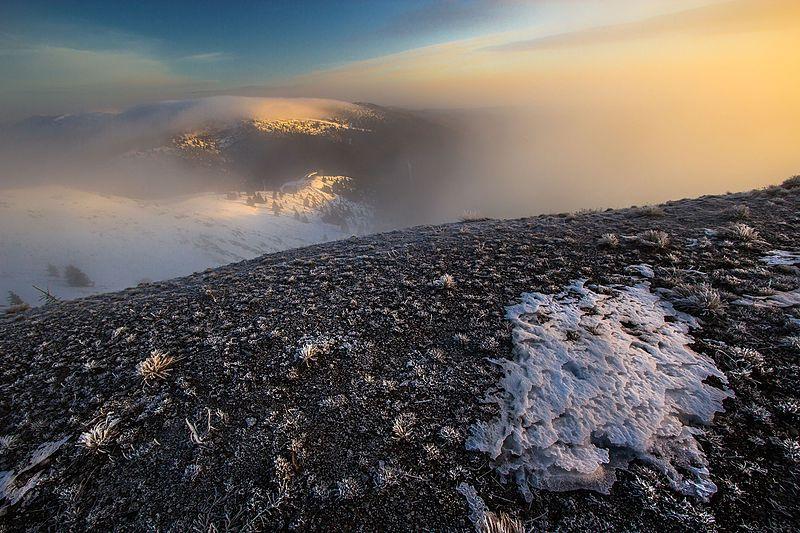 File:Kopaonik, pogled na Belu Reku.jpg