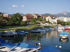 Bootshafen von La Tour-de-Peilz
