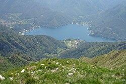 Lago di Ledro cima pari.JPG