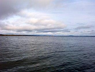 Lake Louise, Alaska - Image: Lakelouise