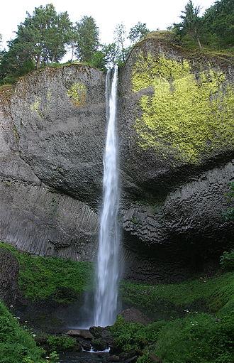 Latourell Falls - The waterfall in 2006