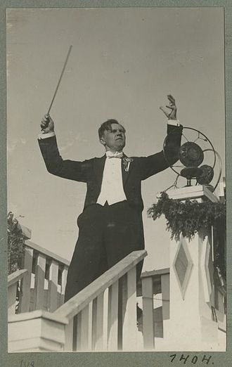 Juhan Aavik - Aavik at the IX Estonian Song Festival in 1928