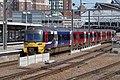 Leeds railway station MMB 46 333011.jpg