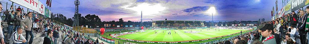 Panorama starego stadionu. Widok z Żylety.