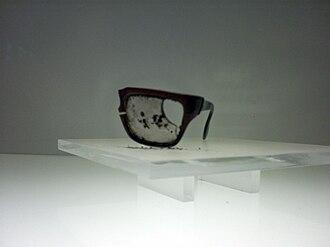 Death of Salvador Allende - Allende's glasses, found in the Palacio de La Moneda after his death