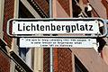 Lichtenbergplatz, Hannover, Linden-Mitte, Straßenschild mit Legendentafel, 1910 nach Dr. Georg Lichtenberg (1852-1908) benannt. In seiner Amtszeit als Bürgermeister erhielt Linden 1885 die Stadtrechte.jpg