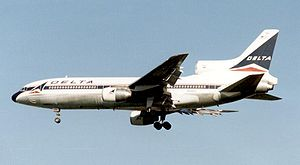 English: Lockheed L1011-500 TriStar of Delta A...