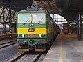 Lokomotiva 163.026, Praha hlavní nádraží.jpg