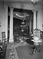 Looking into dining room, Casa Loma (Fonds 1244, Item 4059).jpg