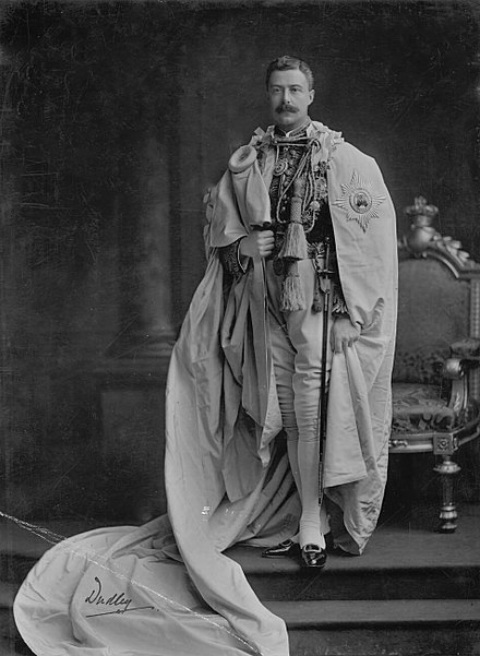 The Lord Lieutenant of Ireland was the ex officio Grand Master of the Order of St Patrick (uniform shown here worn by William Ward, 2nd Earl of Dudley, Lord Lieutenant from 1902 to 1905). Lord Dudley, Grand Master of the Order of St. Patrick.jpg