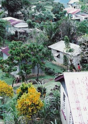 Ovalau (Fiji) - Image: Lovoni village