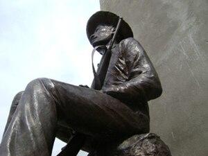 English: Bronze sculpture of Commander Lucio C...