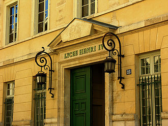 Classe préparatoire aux grandes écoles - Front entrance of Lycée Henri-IV, in Paris, one of the famous Lycées providing access to Grandes écoles.