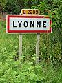 Lyonne-FR-03-panneau d'agglomération-01.jpg