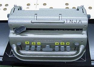 Machine-a-ecrire-Braille