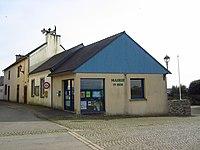 Mairie de Tréflévénez, Finistère.JPG