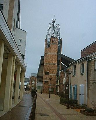 Jouy-le-Moutier - Image: Maison de Quartier Jouy le Moutier 03 03 06