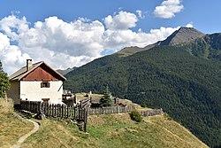 Maison le long du-GR58-pres des-lacs-de-Malrif-et d'Abries-Queyras-DSC 0531.jpg