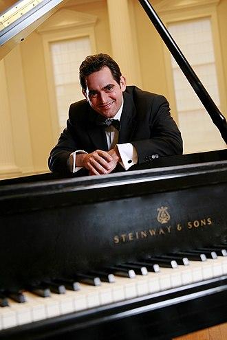Malek Jandali - Image: Malek Jandali composer and pianist