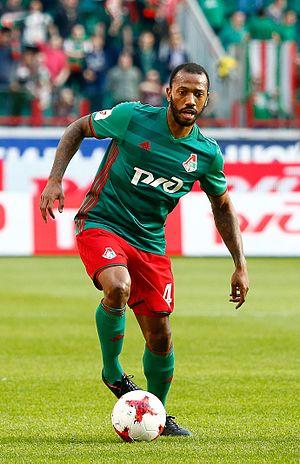 Manuel Fernandes (footballer, born 1986) - Fernandes with Lokomotiv Moscow in 2017