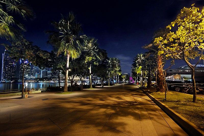 File:Marina Promenade Singapore (4313544585).jpg