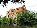 Massow Gutshof Ruine 2009-08-31 010.jpg