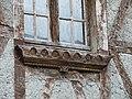 Mauléon-Barousse colombages rebord fenêtre.jpg