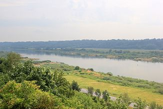 Blick vom Hochufer der Memel in Veliuona auf den Fluss