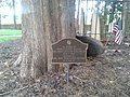 Memorial to John Augustine Washington, Pohick Church cemetery.jpg
