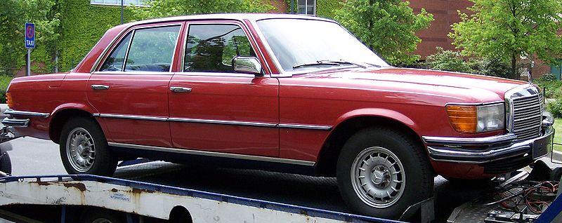Achète moteur Mercedes V8 6.9 litres et moteur 6 cyl 280 800px-Mercedes_Benz_W116_red_vr