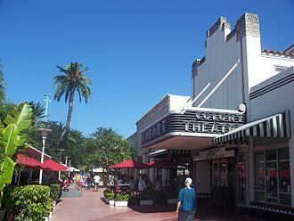 Pedestrian malls in the United States - Lincoln Road in Miami Beach